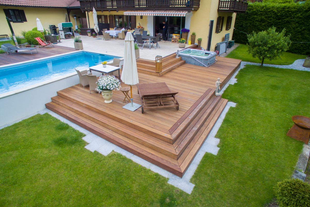 Terrasse mit Pool   Bauer und Söhne